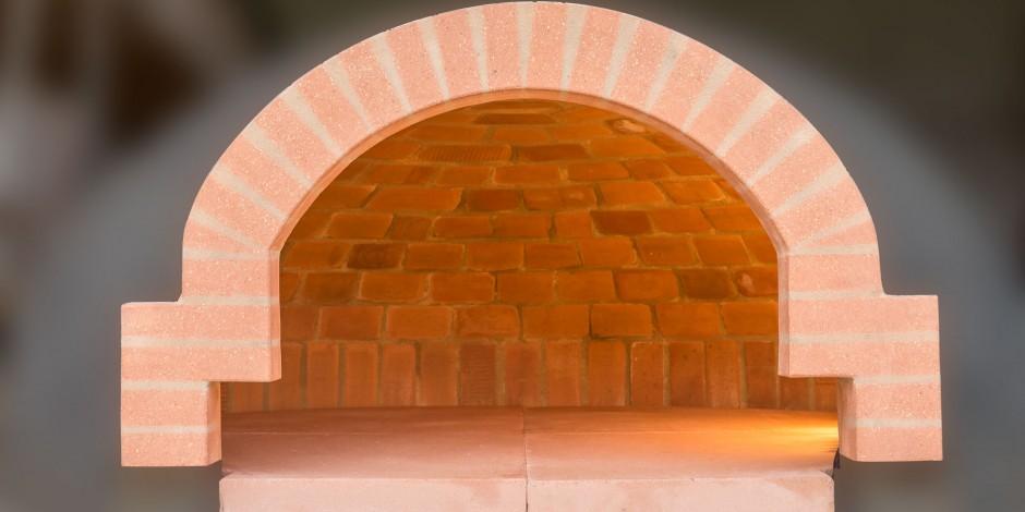 Linea Famiglia, die Qualitaet des tradizionellen Backsteinofens ist jetzt fuer alle Haushalte verfuegbar